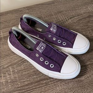 Converse all star sneakers PUrple size 6